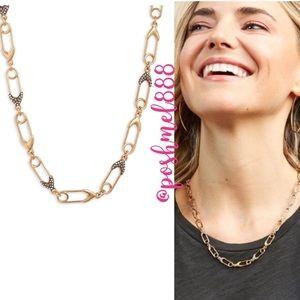 :: Stella & Dot Safety Pin Necklace
